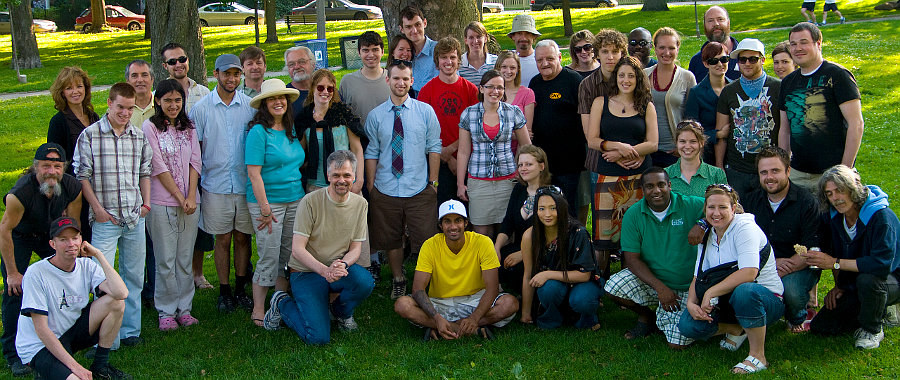 Group photo of Newlife Church Picnic, July 2009