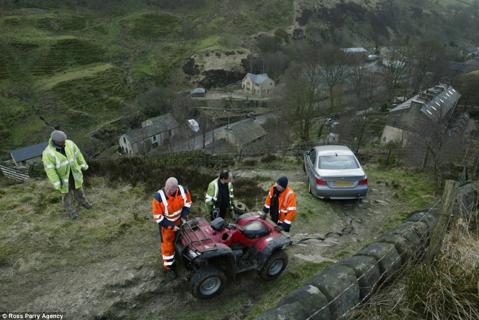 driver on cliff edge 2