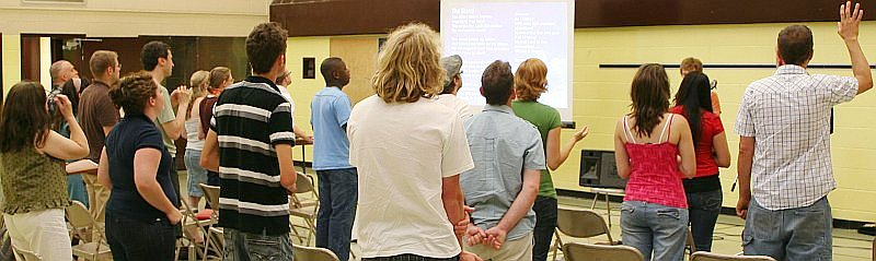 Picture of Newlife evening meeting on July 13, 2008